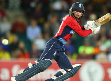 Wyatt's brilliance trumps Mooney as England seal T20 series