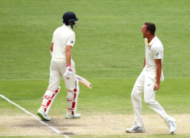 England exposed as Australia close in on crushing win