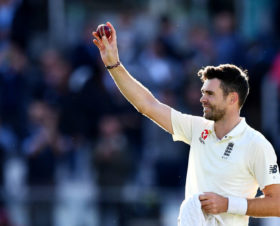 James Anderson: 'I like waking up hurting in the morning'