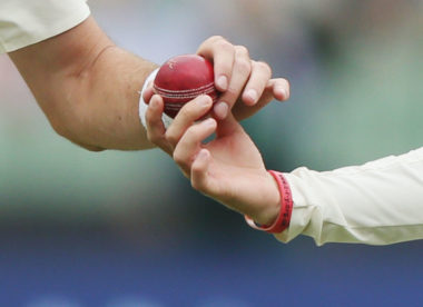 "Trevor Bayliss slams ""pommie-bashing"" ball-tampering allegations"