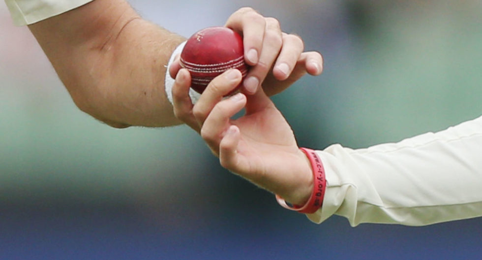 England deny ball-tampering allegations