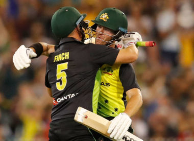 Australia dismantle England to qualify for tri-series final