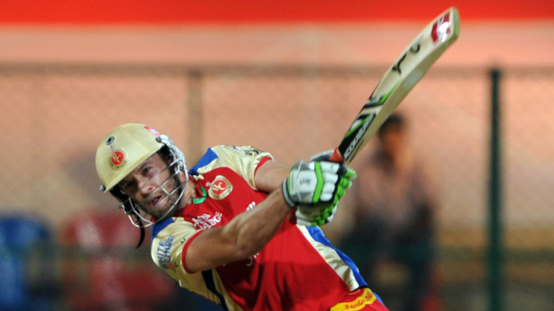 De Villiers hit eight sixes as he scored 68 in 30 balls