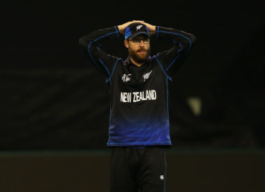IPL: Bangalore coach Daniel Vettori voices frustration with bowlers