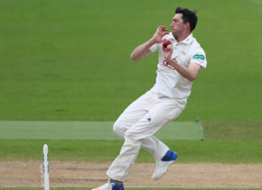 Mark Footitt joins Derbyshire on loan