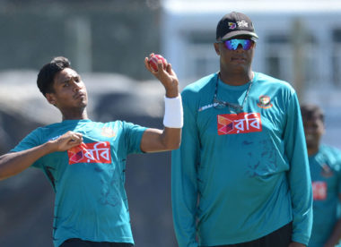 Courtney Walsh frustrated with Mustafizur