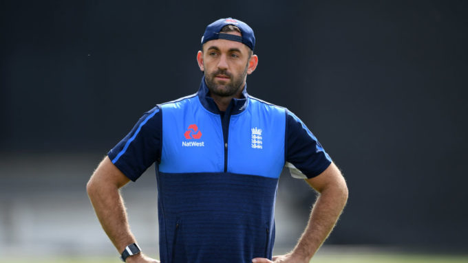 Plunkett to join Surrey at end of season