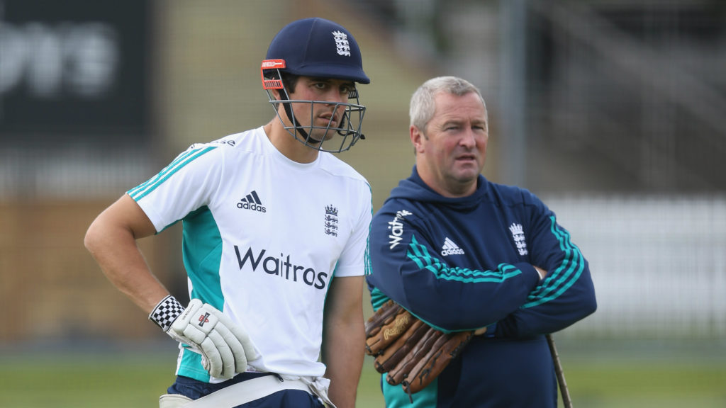 """He is enjoying milking all the applause he is getting"" – Farbrace on Cook"
