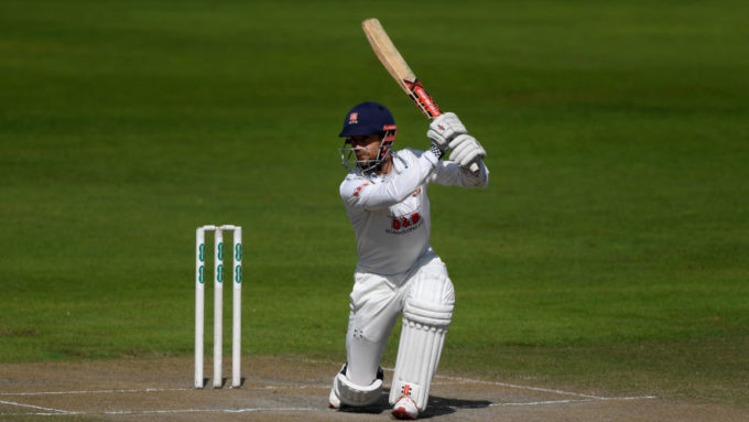 James Foster to retire from cricket at the end of the season
