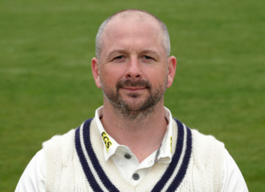 Darren Stevens signs one-year contract extension with Kent