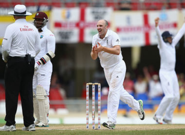 Former England spinner James Tredwell announces retirement