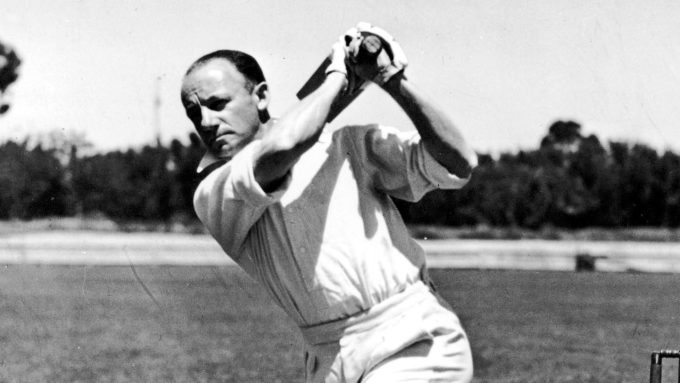 Neil Harvey still feels 'guilty' about denying Bradman those four runs