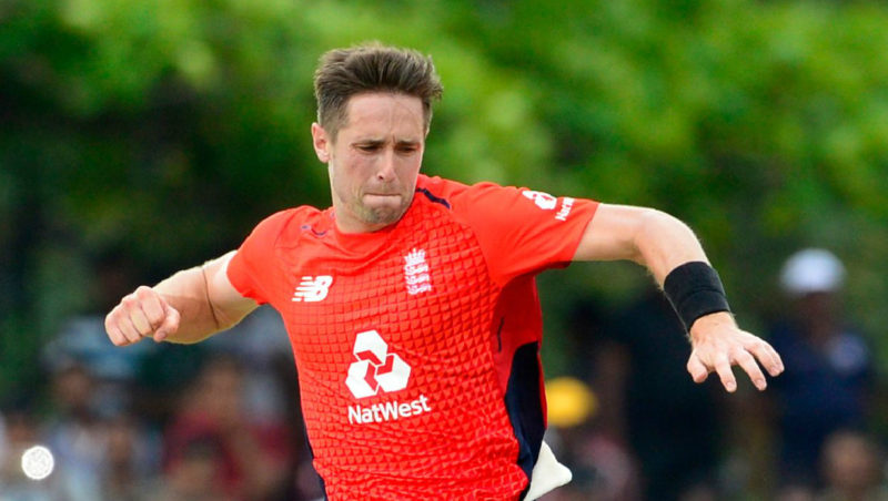 Woakes picked up the wickets of Tharanga, Chandimal and Shanaka