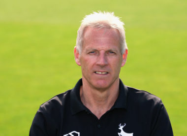 The fundamentals of batting – with Peter Moores