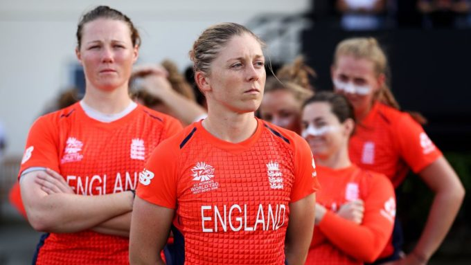 Women's World T20: Knight calls for composure
