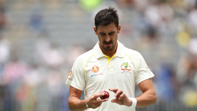 Starc joins Tendulkar in questioning Perth pitch rating