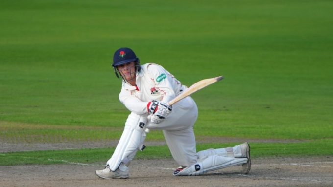 Lancashire's Josh Bohannon and Rob Jones extend contracts