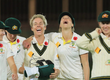 'We love it' – Ellyse Perry, Meg Lanning want more women's Tests