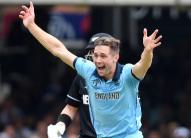Bowling in the powerplay & at the death with Chris Woakes