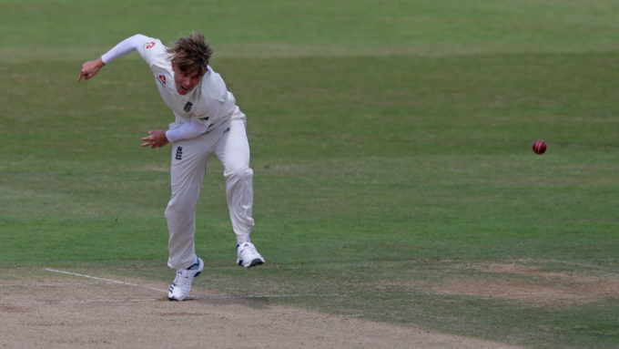 Curran delights with twin fifties & six-for as England Lions hold out for draw