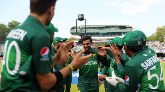 Shoaib Malik announces retirement from ODIs