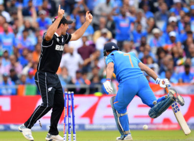 Unflashy Kiwis win battle of grit after Dhoni fails to close the deal