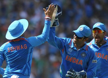 'If selectors think Dhoni can't contribute, they should tell him' – Sehwag