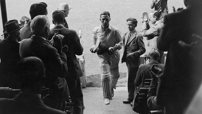 Sir Len Hutton: One of England's greatest opening batsmen – Almanack