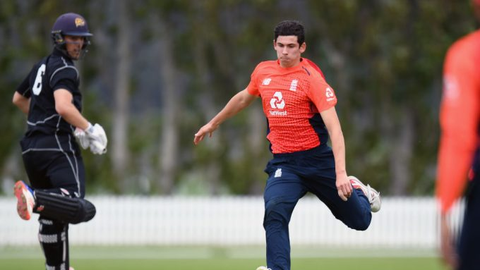 Pat Brown to replace Dale Steyn for Melbourne Stars in second half of BBL 9