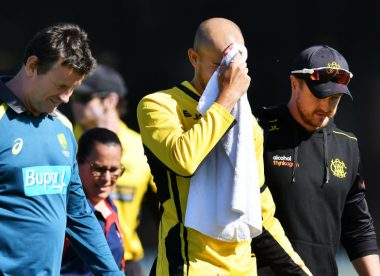 Ashton Agar sustains ghastly injury while attempting a catch