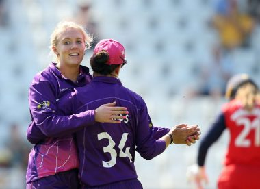 Leg-spinner Sarah Glenn earns maiden England call-up for Pakistan series