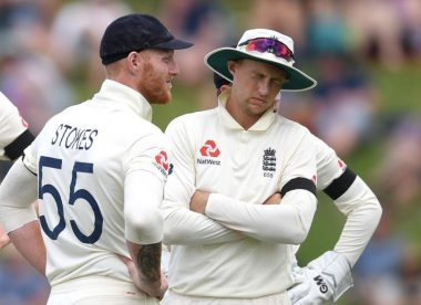 Stopgap wicketkeepers & umpiring reversals: England's day of confusion in Hamilton