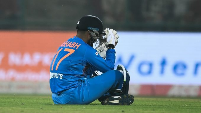 Rishabh Pant ruled out with concussion; Prithvi Shaw recovery on track