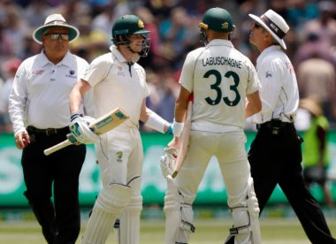 Steve Smith fumes at umpire Nigel Llong over dead ball call