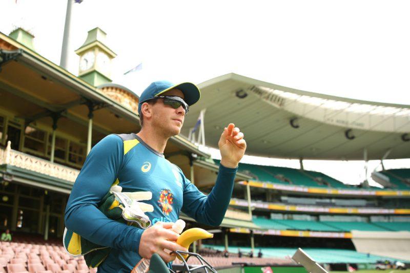 Tim Paine prepares for the Sydney Test