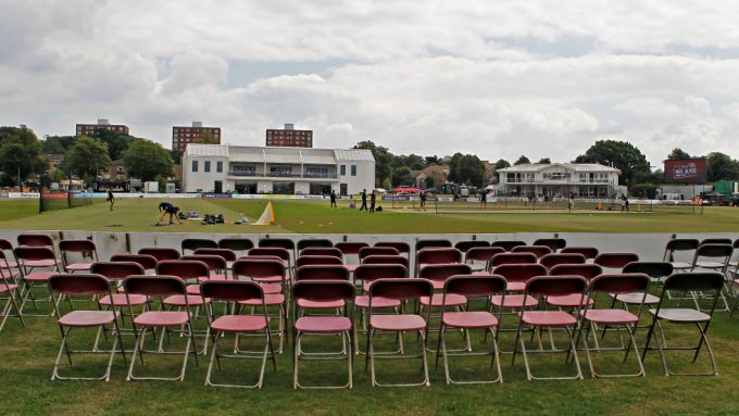 Kent directors accept pay cut as county side braces for delayed season